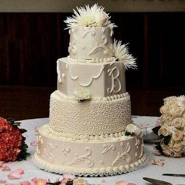 375-375-Flourish-B-Wedding-Cake