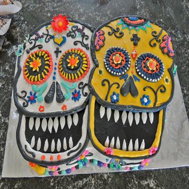 375-Day-of-the-dead-2-skulls