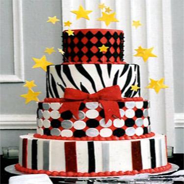 375-375Whimsy-red-black-white-cake