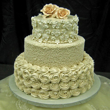 375-Rosettes-and-pearls-wedding-cake